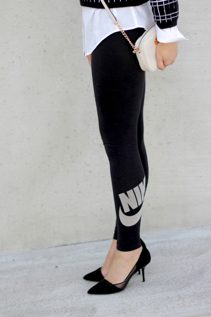 Sie traegt Nike