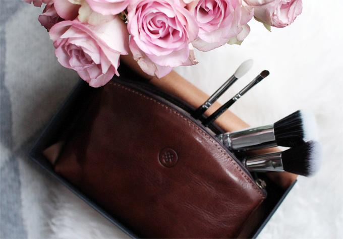 Beauty: cosmetic bag