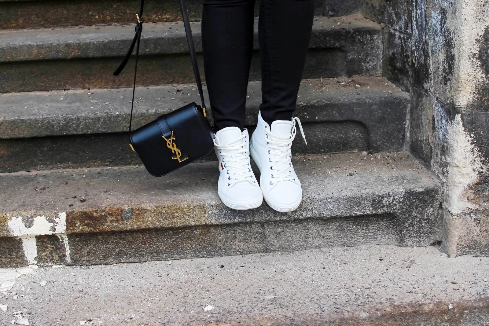 I'm a Sporty Girl in Ecco Shoes