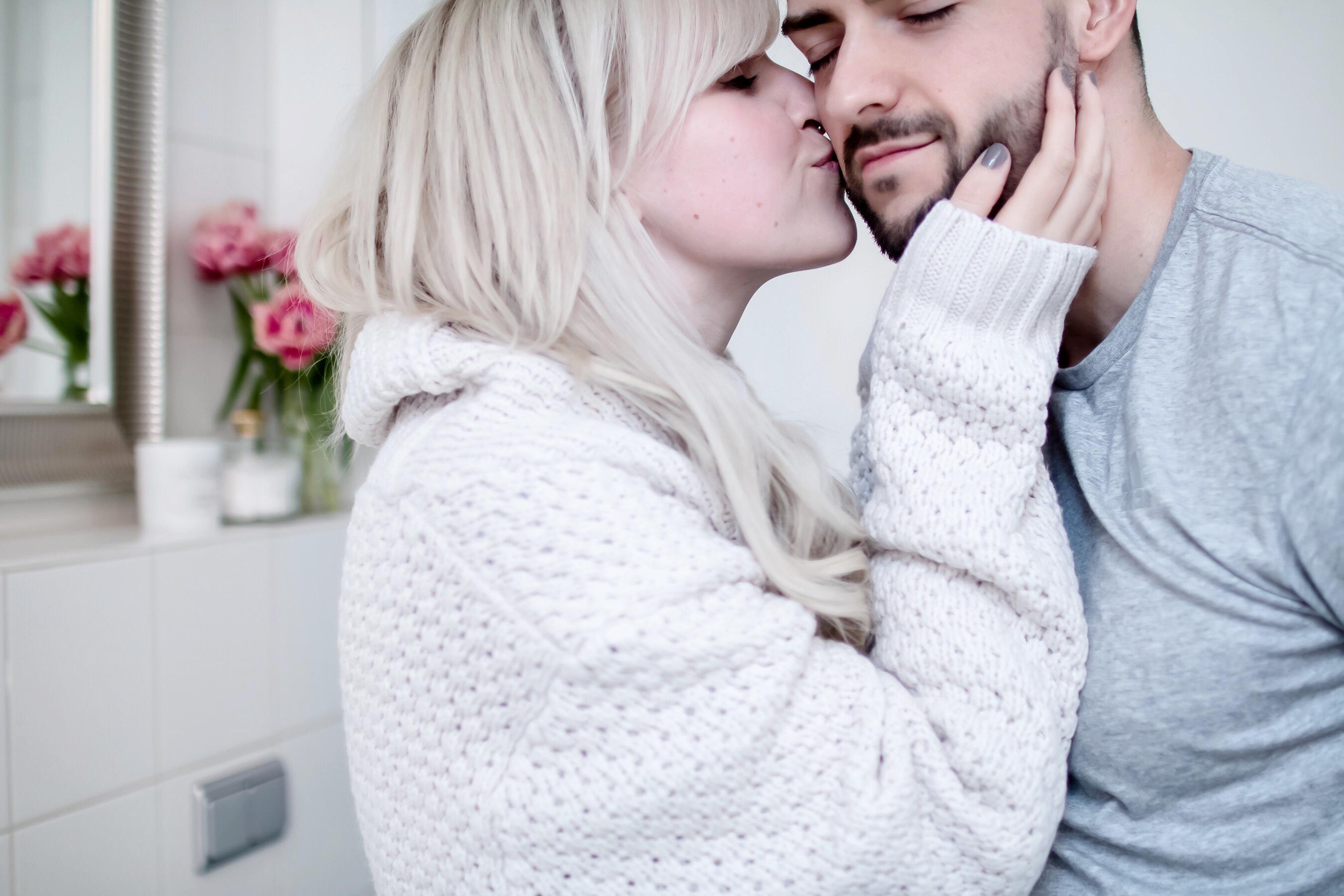 Küss mich, weil du Bart trägst // zukkermaedchen