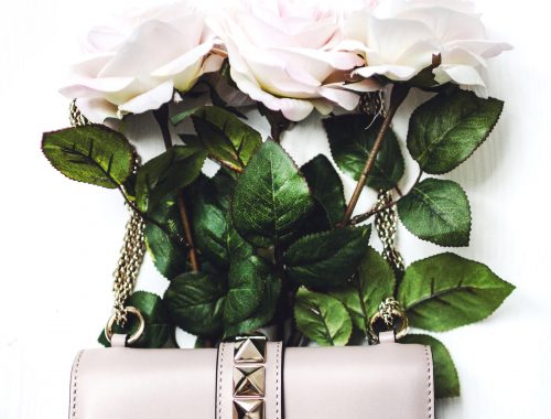 Travel_Valentino_whatsinmybag_reisen