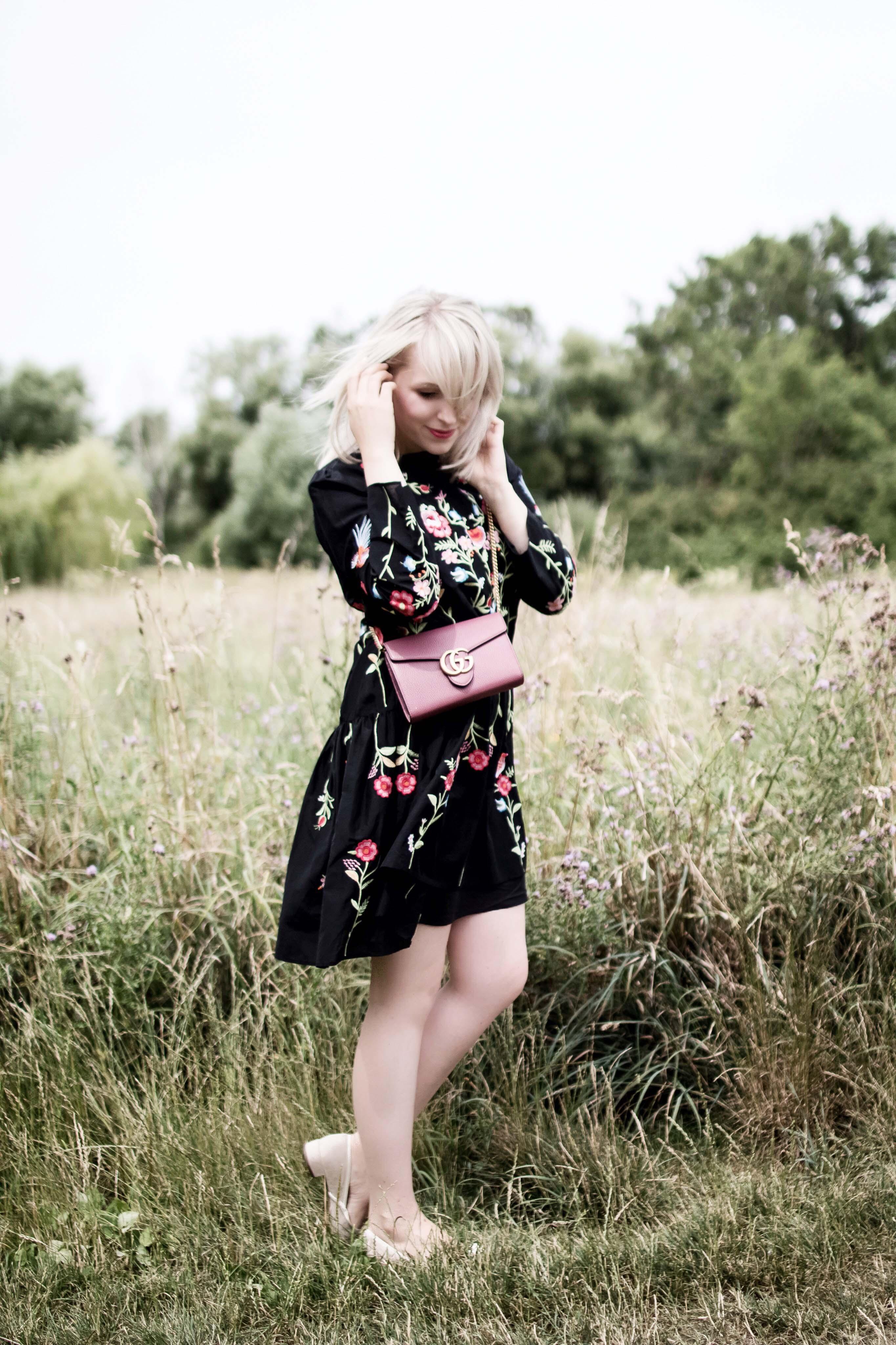 Flowerdress_zara_gucci_fashionblogger_deutscher_modeblog_zukkermaedchen