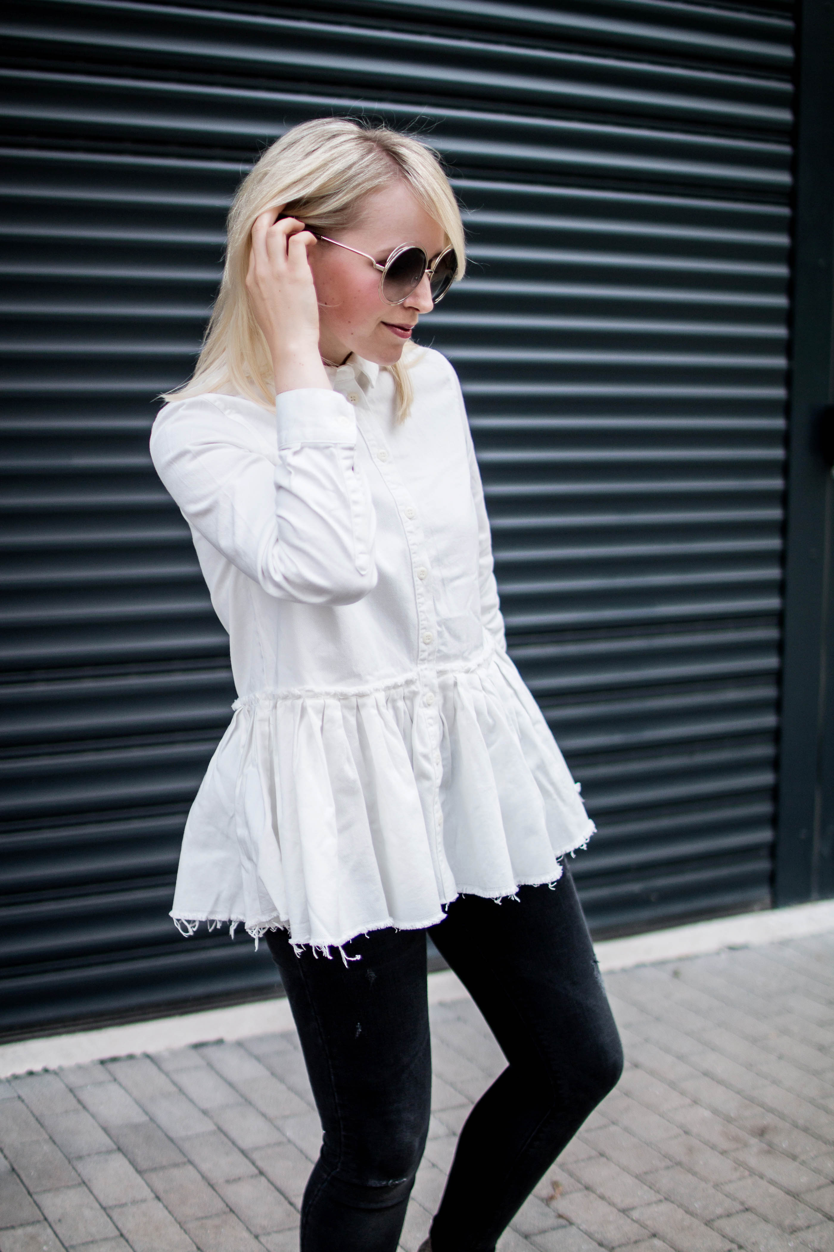 Chloe_Asos_plissee_bluse-Skinny-jeans_zukkerme_blogger
