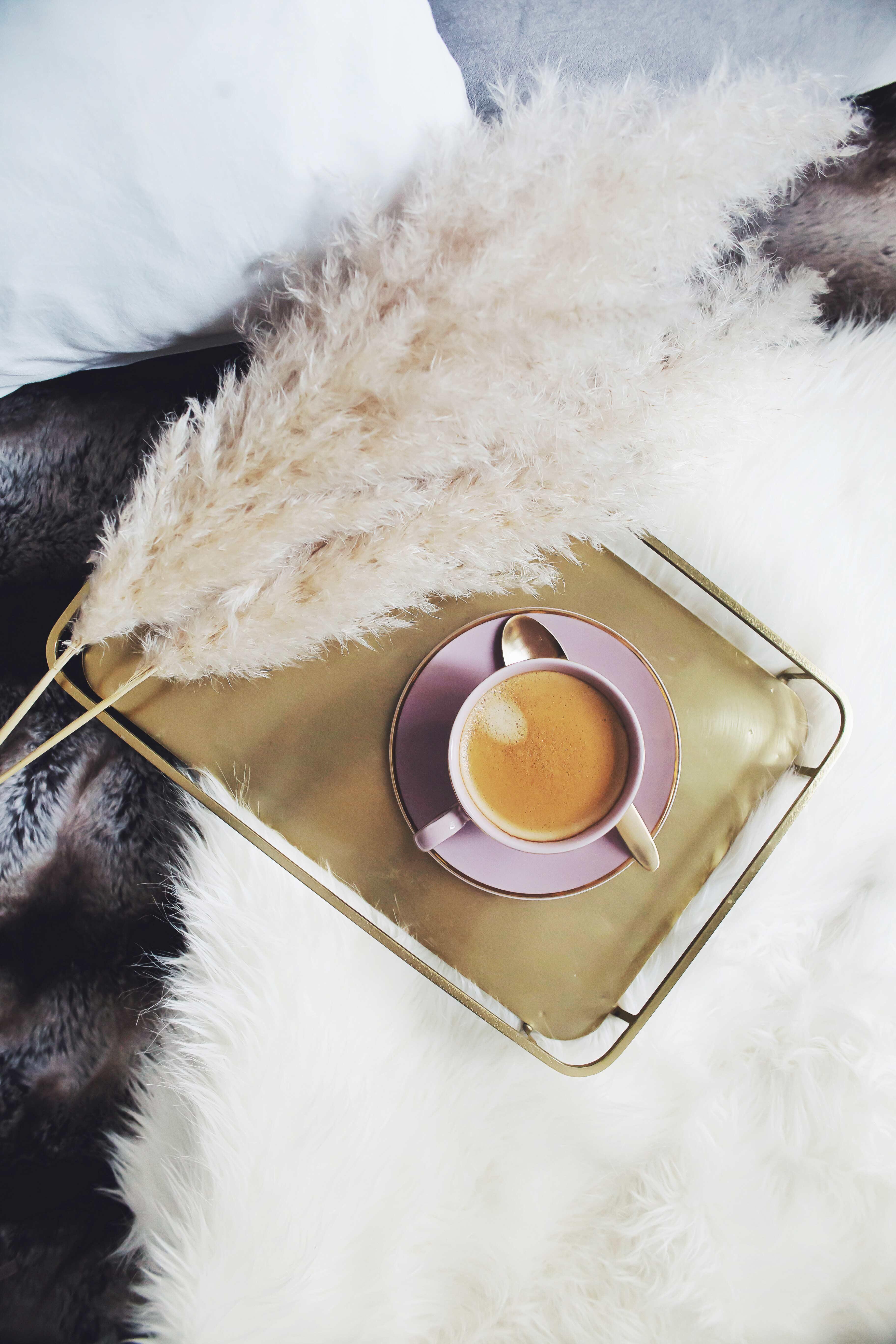 kaffee_herbstdekoration_fltalay_instagram_zukkerme