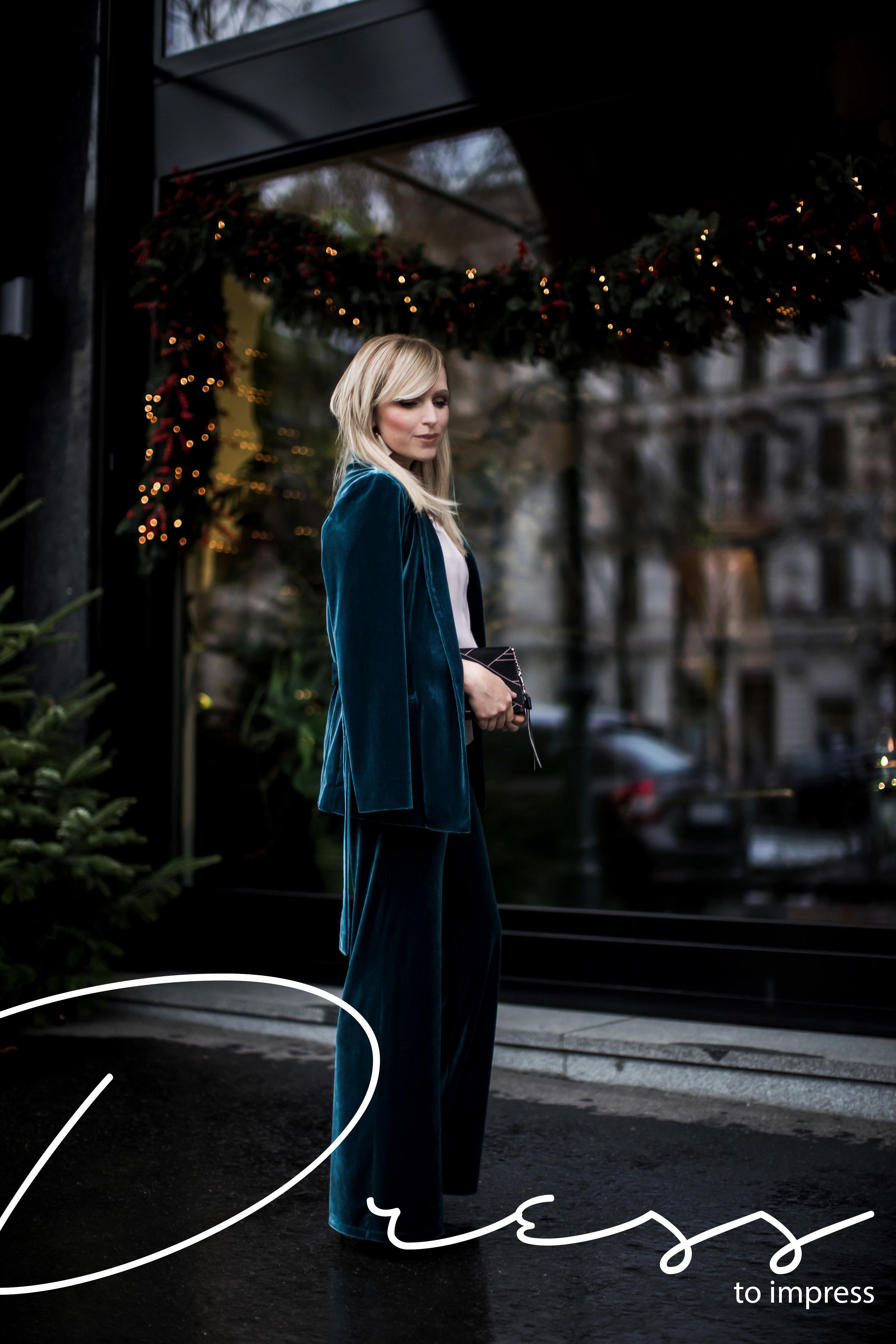 A perfect Night out - Dress to impress in einem Samtanzug