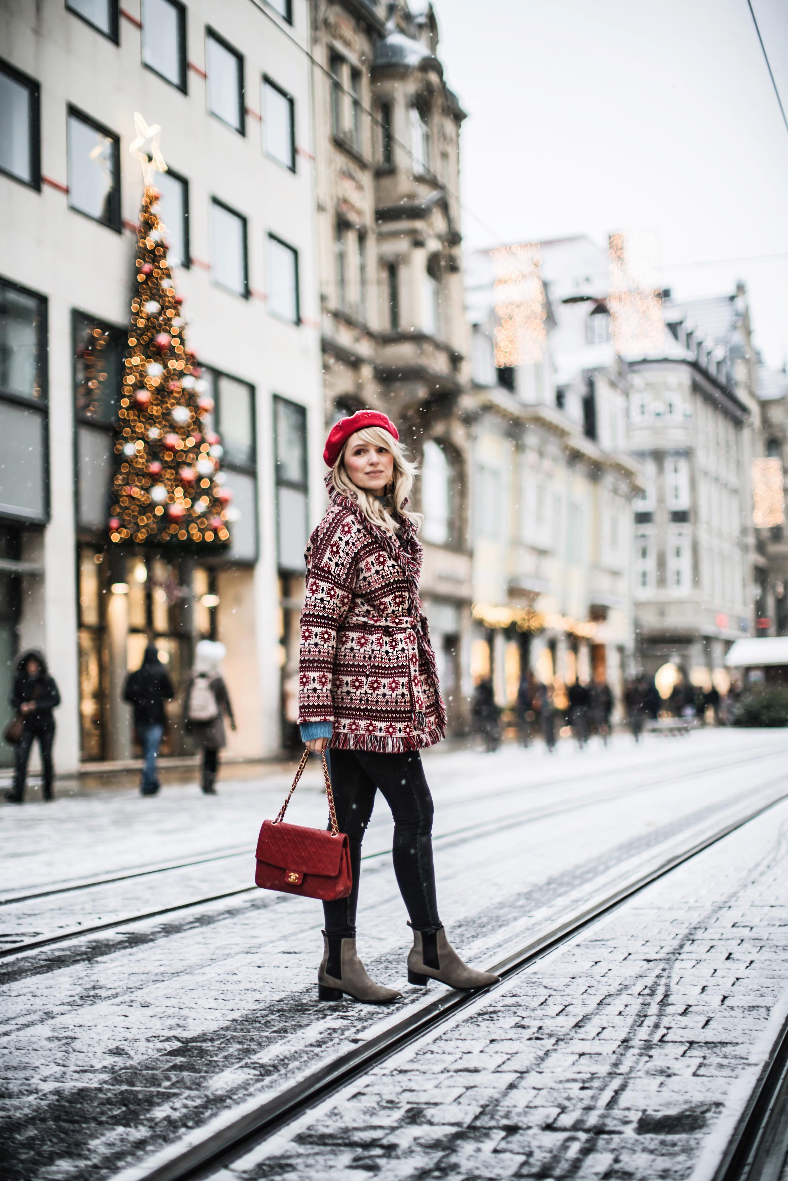 weihnachten lifesaver shopping outfit chanel vintage