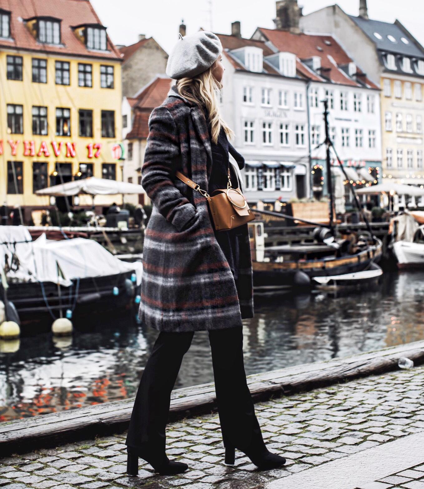 was war los in Kopenhagen was geht mit DHL flatlay reisen