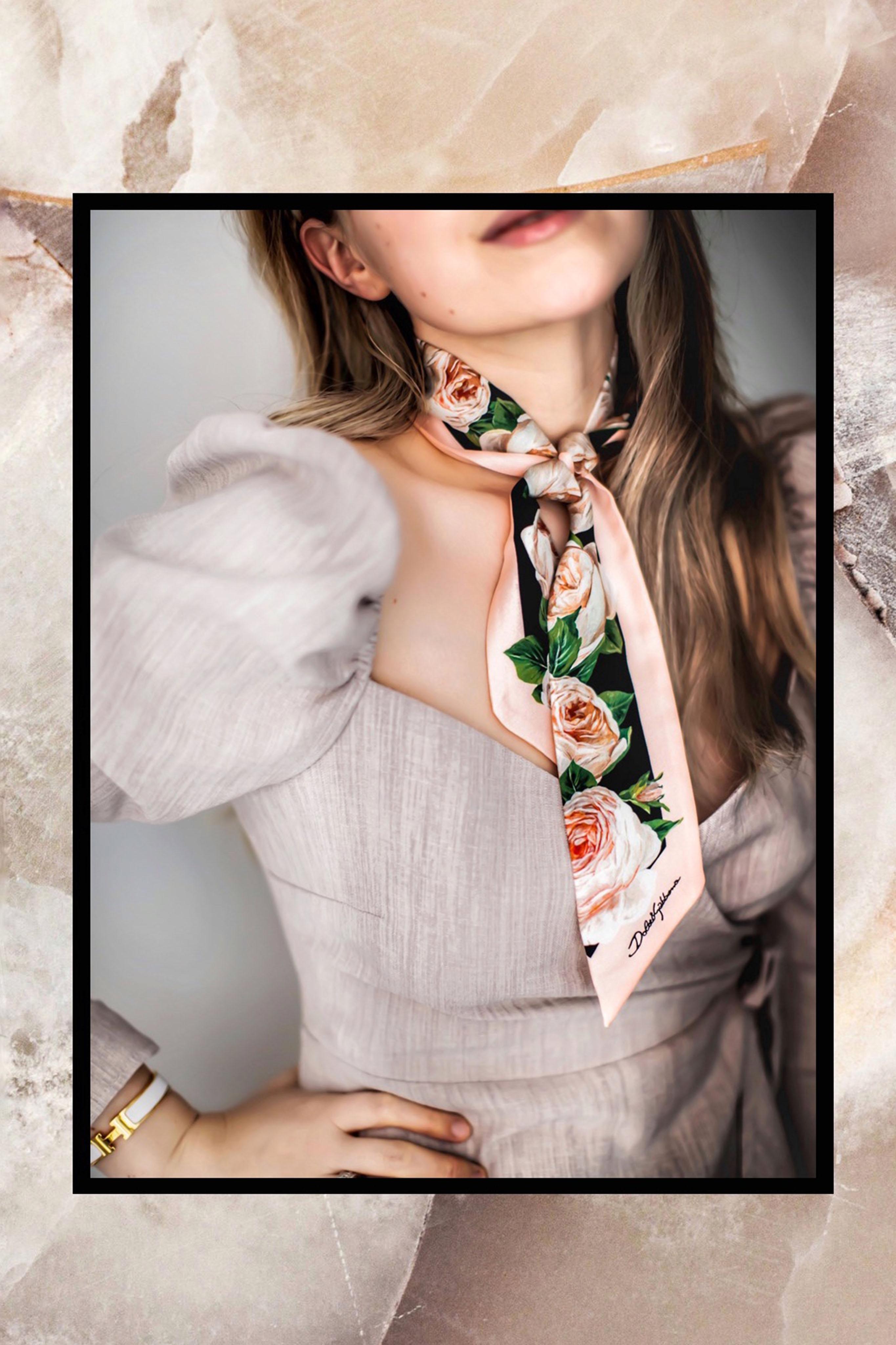 Die Wickelbluse ein Must-have im Kleiderschrank