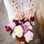 Pflege- und Kauftipps für eure Pfingstrosen in der Vase
