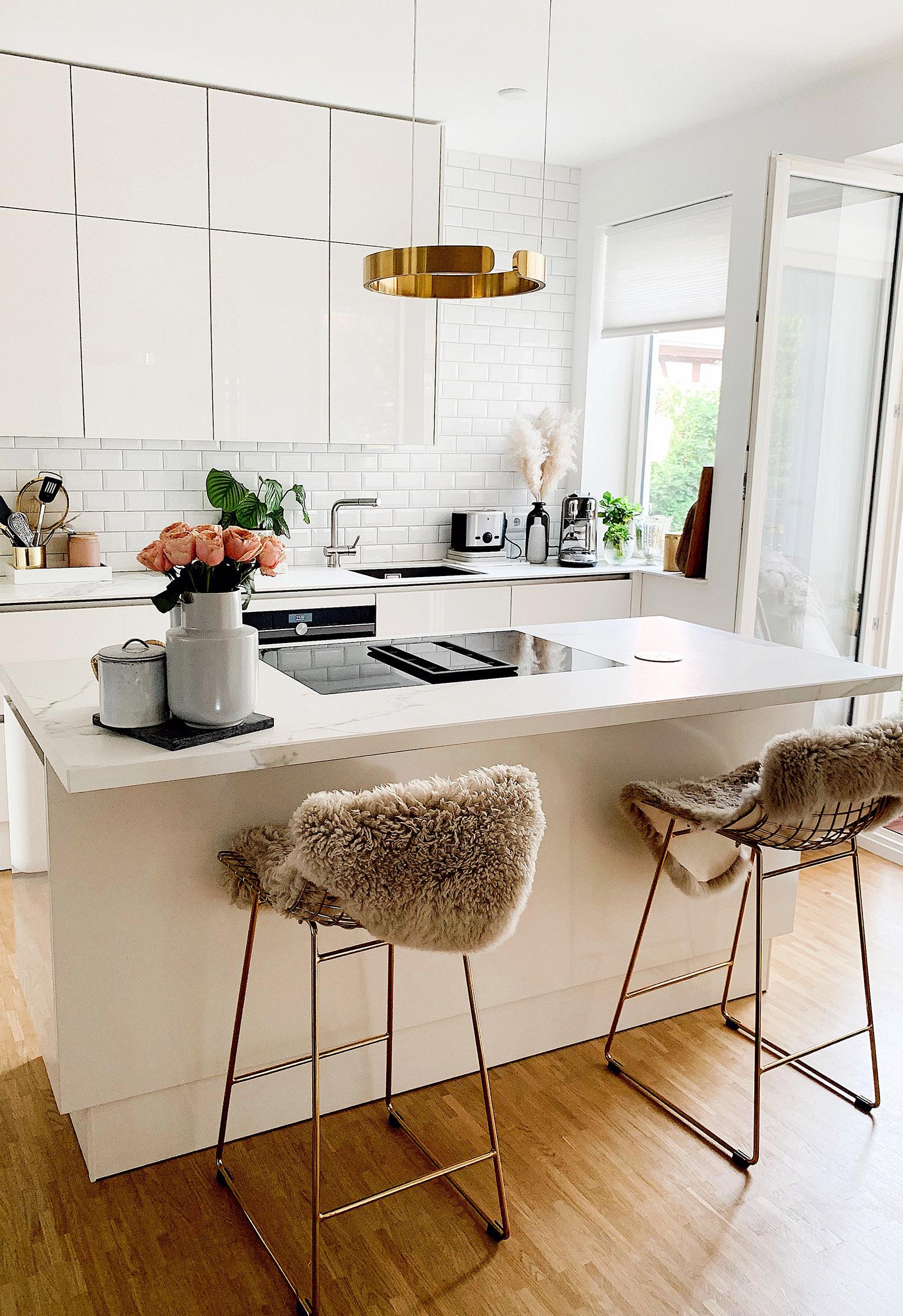die erste eigene Küche im Studio designen