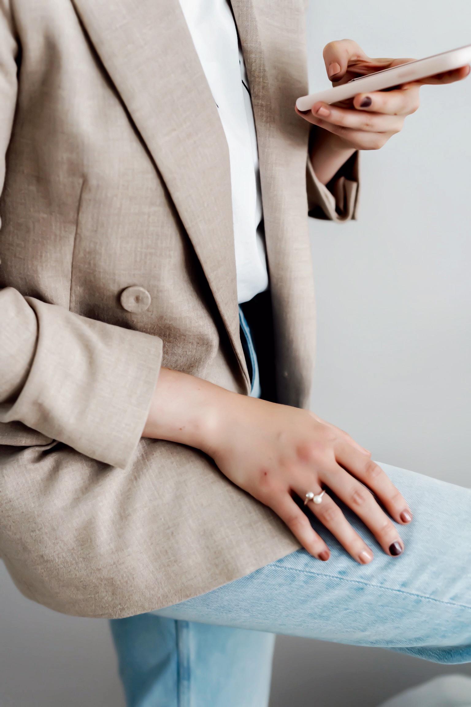 rainbow nails. Ein Trend auf den Nägeln.