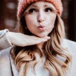 Trockene Kopfhaut – das Beautythema im Winter