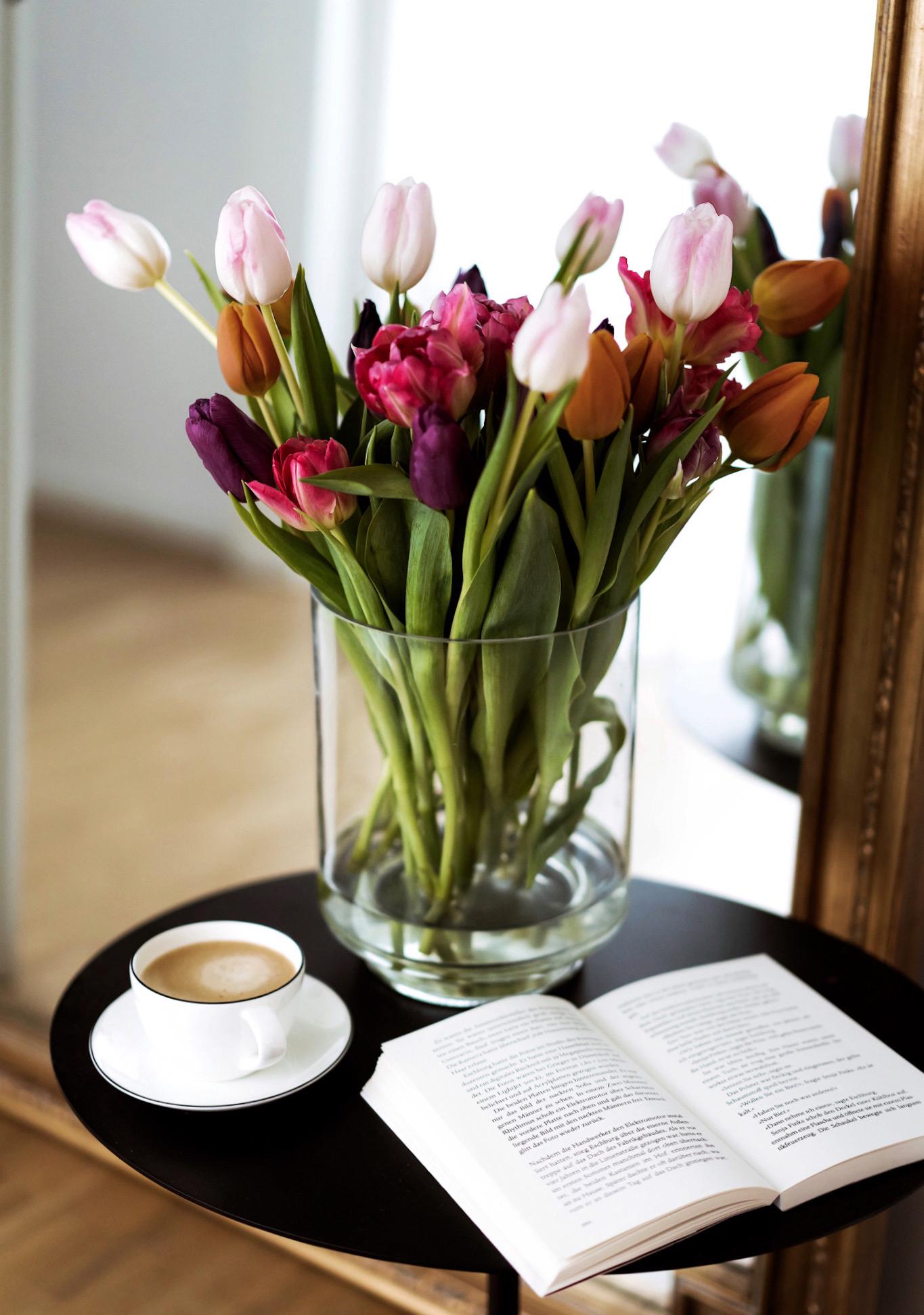 Tulpen online bestellen und zu Hause richtig Pflegen
