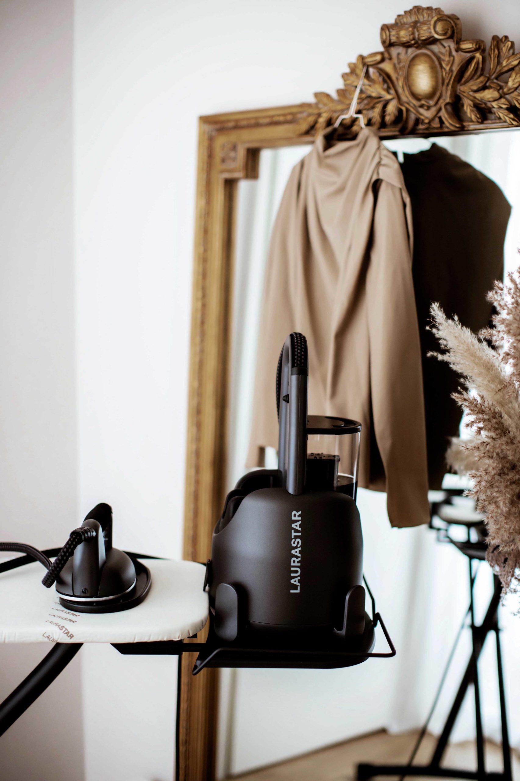 Wie pflege ich meine Kleidung aus Kaschmir, Seide und Baumwolle